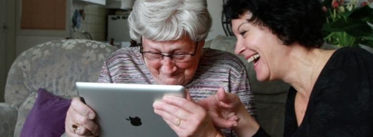 Beeldzorg via de iPad (foto: Sensire)