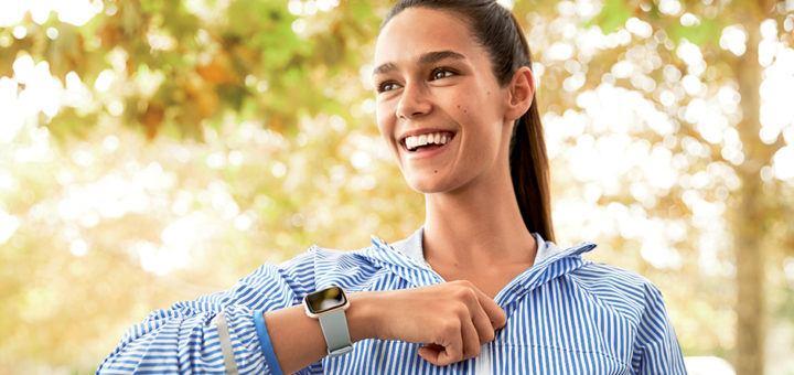 Fitbit Versa - SmartHealth Review