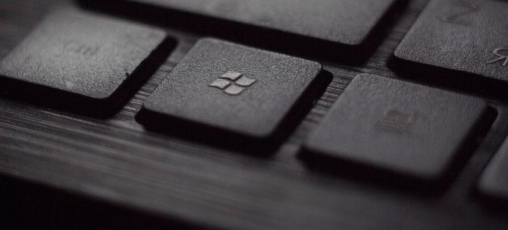 Windows (foto: Tadas Sar via Unsplash)