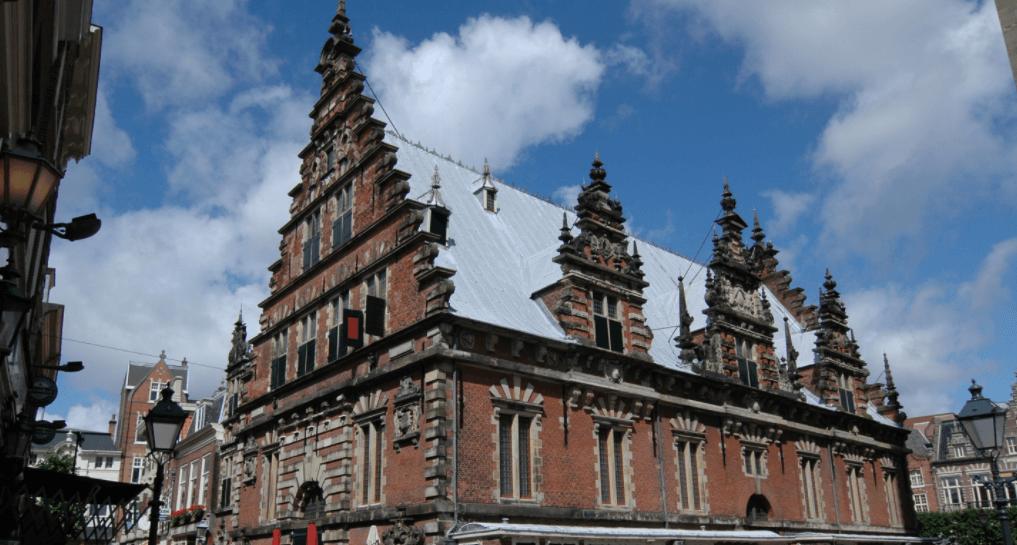 Vleeshal, Haarlem (foto: Wikipedia)