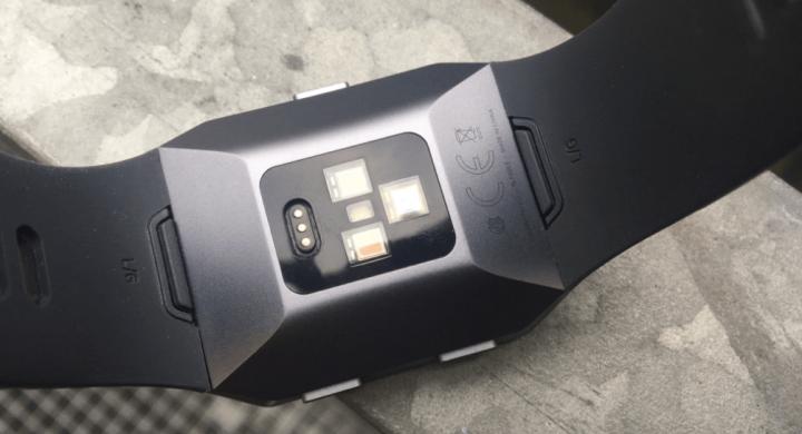 De sensoren in de Fitbit Ionic